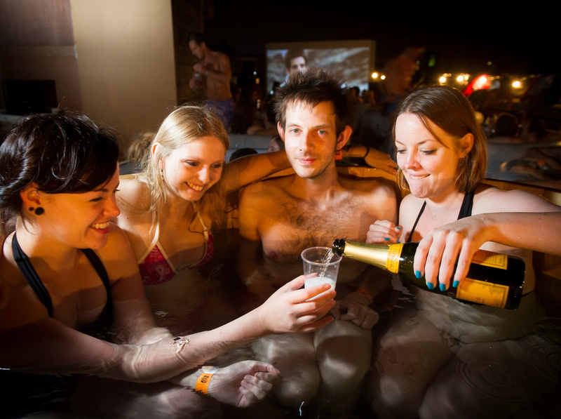 DAVID TETT PHOTOGRAPHY | Hot Tub Cinema – Time Out