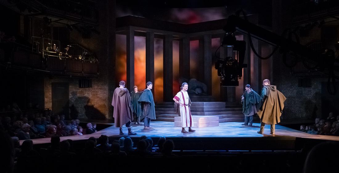 RSC Audience Julius Caesar 2017-662
